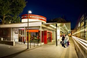 20130806_Kundenzentrum_bei_Nacht (4)